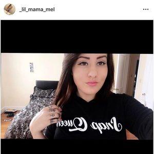 Long sleeve/ hoodie females shirt